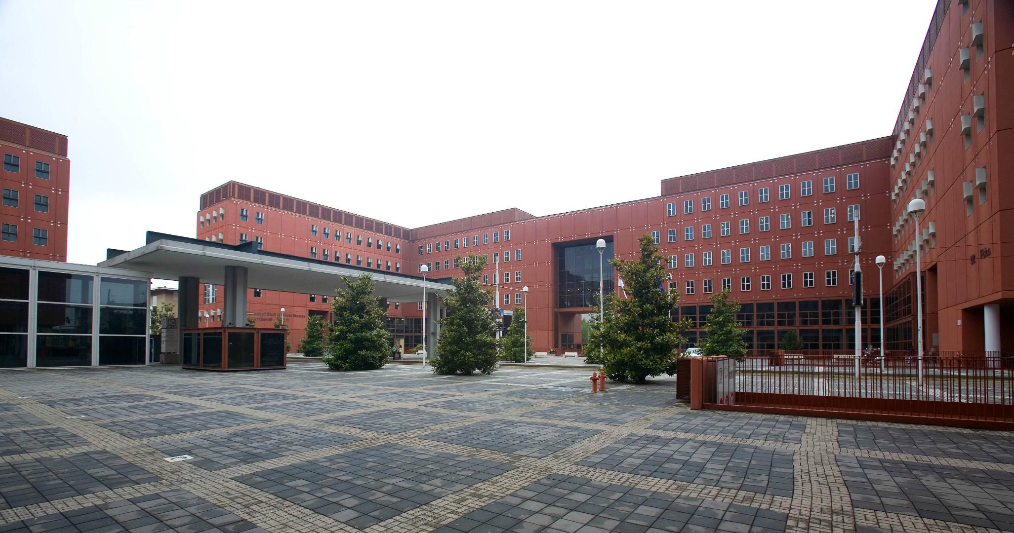foto dell'edificio U2 in piazza della scienza